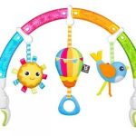 Benbat Játékhíd autósülésre Dazzle Rainbow Play